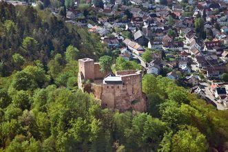 Burg Alt-Eberstein, Luftaufnahme; Foto: Staatliche Schlösser und Gärten Baden-Württemberg, Achim Mende